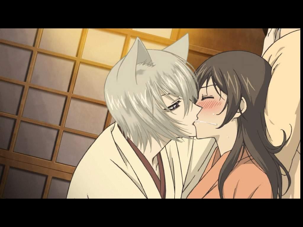 Картинки томоэ и нанами целуются